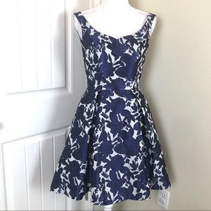 Chi Chi London Dresses - Chi Chi London Party Dress Sz 2 (XS)Floral Pattern